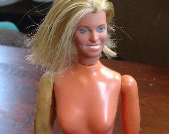 Vintage Kenner Jaime Sommers Bionic Woman, Rare Blue Eyes