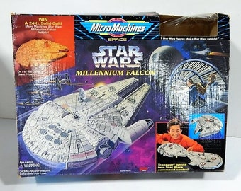 1995 Galoob Star Wars Micro Machines Millenium Falcon IOB, no figs