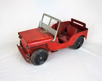Vintage Louis Marx Willys Jeep 1940s, Red and Silver, All Metal Wheels, Solid, Nice Patina