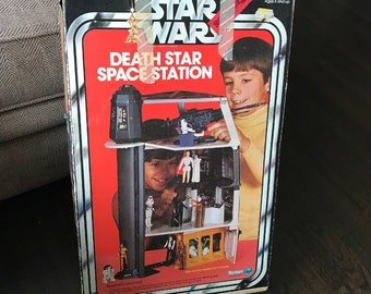 Kenner Star Wars Death Star Space Station playset, Complete in Box
