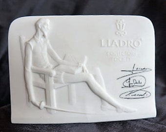 Very First annual Lladro Collectors Society Plaque, 1985