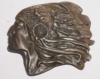 Vintage cast brass figural Native American Chief w/war bonnet belt buckle (50s/60s)