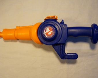 Vintage 1989 Kenner The Real Ghostbusters Water Zapper Squirt Gun