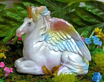 ALICORN, PEGASUS, UNICORN Fairy Figurine, Rainbow Wings, Sparkly, Fairy Kit, Fairy Accessory, Fairy Supply