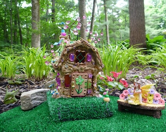 Artificial Grass for Table Runner, Miniature Fairy House Displays, Fairy Turf, Fairy Grass, Inside or Outdoor, 16 x 16 inch or CUSTOM SIZE