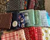 Package of 25 cotton fat quarters, as shown