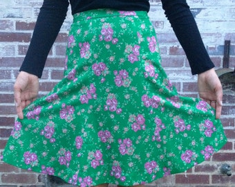 Vintage 70's Floral Skirt. 1970's Green with Pink Flower A Line Skirt. High Waisted Small Summer Skirt.