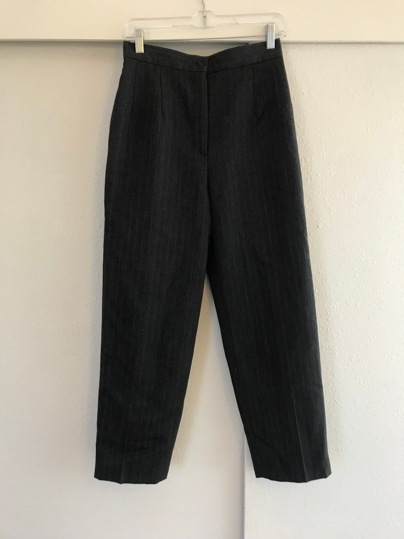 Medium Harve Benard by Benard Holtzman. Petite Size 10 High Waist Grey  Gray Pin Striped Trousers Vintage Wool Pants Small