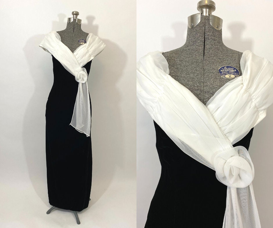80s Dresses | Casual to Party Dresses 80S Black Velvet Dress. 1980S Party Dress With White Chiffon Sash. Small. Cocktail. Holiday $0.00 AT vintagedancer.com