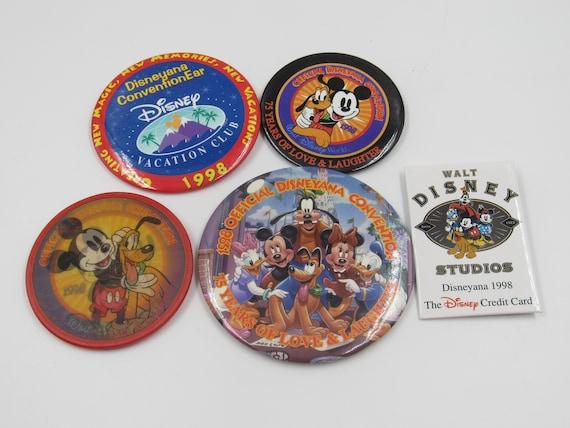 Vintage 2000 Disneyana Convention Button