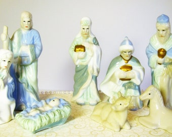 Ceramic Nativity Scene, Christmas Nativity with Baby Jesus, Mary, Joseph, and Wise Men, Nativity Porcelain Statues, Christian Nativity Scene
