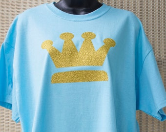 New! Gold Metallic Crown X-Large Light Blue T-shirt