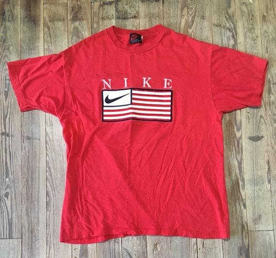 Nike 90s tee