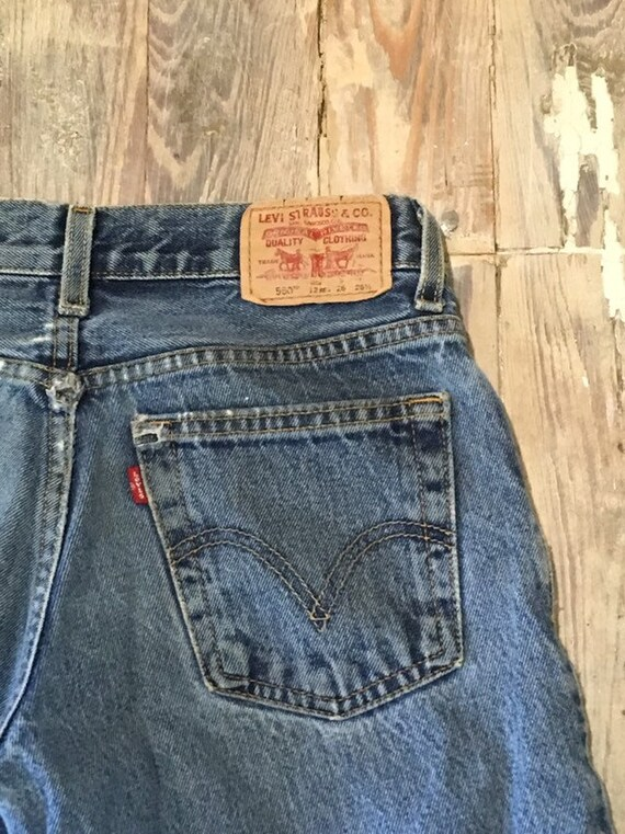 Levis red tab 550