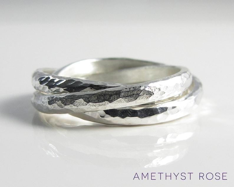 9b08bb441e0e Martillado ruso anillo plata entrelazadas anillos