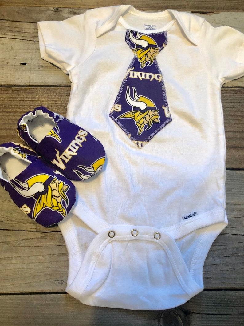 0919bb679 Minnesota Vikings baby onesie vikings baby outfit vikings | Etsy
