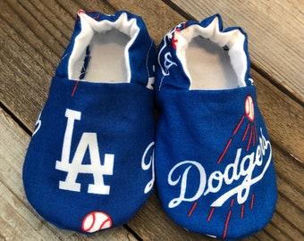 LA Dodgers baby booties, dodgers baby booties, dodgers baby shoes, dodgers soft sole baby shoes, dodgers baby moccs, dodgers booties