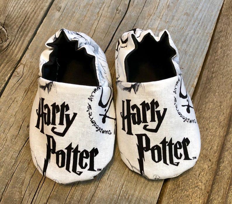 Harry Potter booties harry potter baby booties harry potter image 0