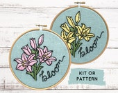 Floral embroidery kit, Lily hand embroidery kit, DIY hand embroidery pattern of flowers, Floral embroidery kit, Lilies embroidery pattern
