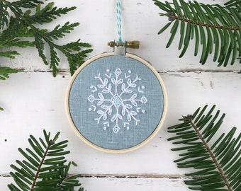Embroidery Kit, Christmas Ornament Kit Embroidery, Snowflake Embroidery Kit, Cross Stitch Embroidery Kit, Easy Embroidery Kit, Holiday DIY