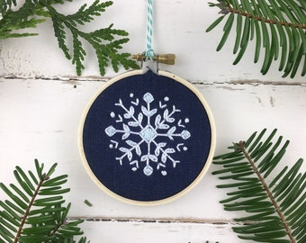 Embroidery Kit, Christmas Ornament Embroidery Kit, Snowflake Embroidery Kit, Cross Stitch Embroidery Kit, Easy Embroidery Kit, Holiday DIY