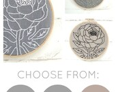 Gift for Mom, Floral Embroidery Kit, Mother's Day Gift, DIY Embroidery, Flower Embroidery Pattern, Easy Embroidery, Beginner Embroidery Kit