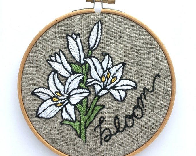 BLOOM Embroidery Kit, lily embroidery kit, floral hand embroidery kit, lily embroidery pattern, lily cross stitch kit, mother's day gift diy