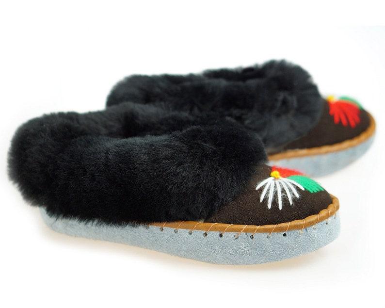 f8a45fc008d Leather SHEEPSKIN SLIPPERS Women Sheepskin Moccasins womens 100% Wool  Slippers Handmade Moccasins Cool House Slippers Handmade bedroom