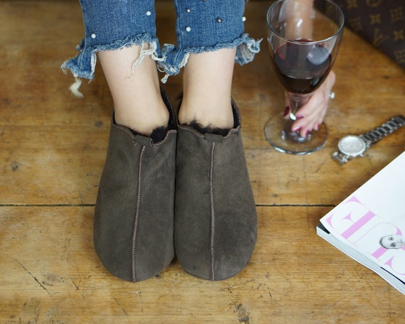 Leather ON shoes Women Good Very light comfy SALE gift and Shearling Natural Slippers Sheepskin Genuine boots qtt1r