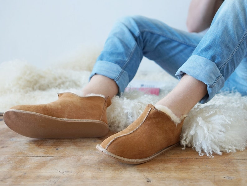 39e70f9176b Mens Sheepskin Shearling Slippers Moccasin Boots for Men House Sheepskin  Slippers Handmade Shoes 100% Wool Slippers ugg style Best emu style