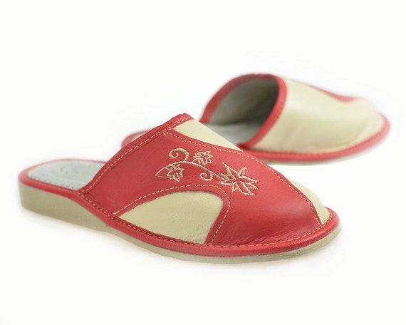 Womens Moccasin Slippers Leather Sandals Leather slippers  2b78dfdba3
