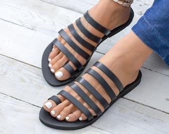 01024e2e727e SERIFOS Flat sandals