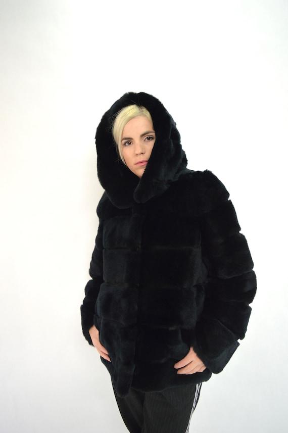 Vrai noir rex lapin manteau de fourrure pleine peau, veste en fourrure rex authentique. Veste en fourrure noire. Manteau de fourrure à capuchon noir,