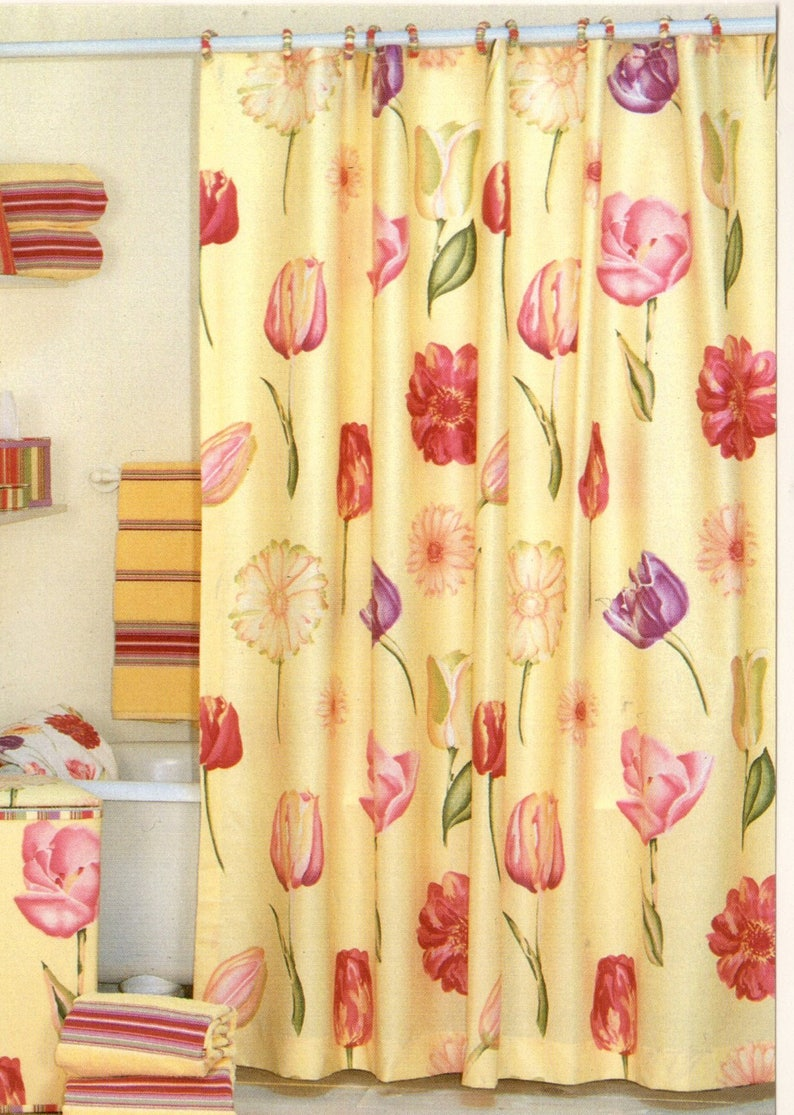 New Vintage Revman Echo Flower Show Fabric Shower Curtain