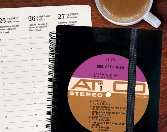 Upcycled Kalender 2021 aus einer Schallplatte | Notizbuch | Geschenk für Musikliebhaber | Vintage | Taschenkalender | Wochenkalender