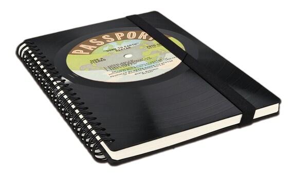 Upcycling Notizbuch aus Schallplatte | Notenheft | Tagebuch | liniertes blanko Buch aus Vinyl | Phonoboy