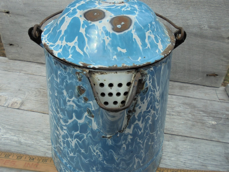 Large Vintage Spatterware Kettle Vintage Farmhouse Kitchen Decor Salvage Blue White Swirl Enamelware Coffee Kettle with Lid and Handle