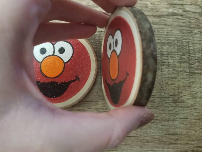 Elmo wood magnet