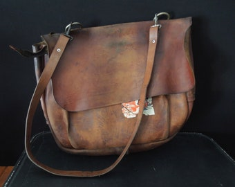 Genuine Leather Postman Bag - Vintage feaffd062e121