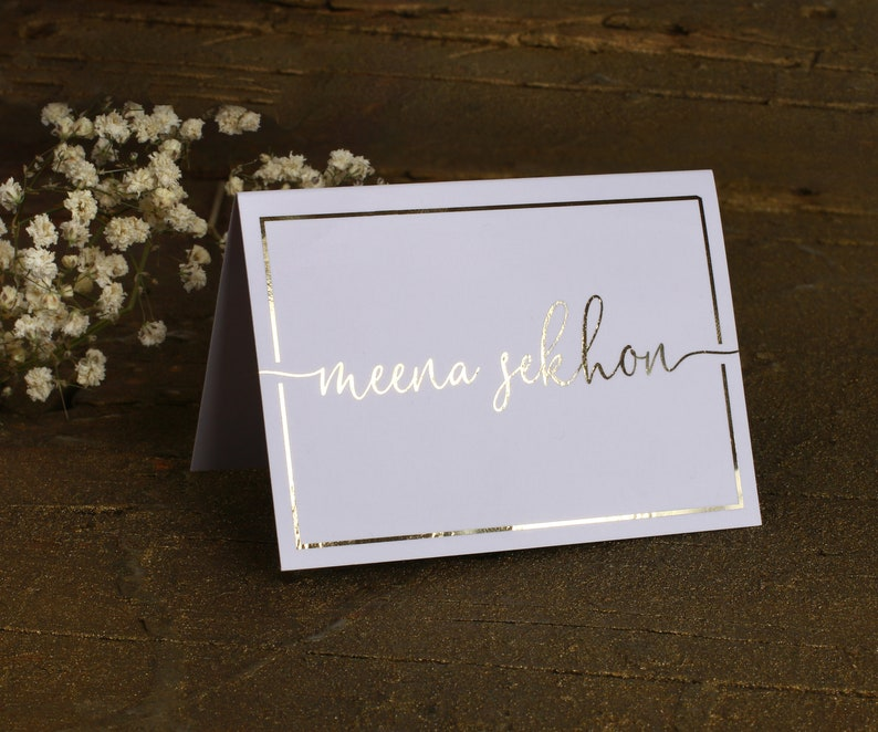 Personalized Wedding Name Cards Escort cards Elegant Custom Tent Cards Place Cards Real Gold Foil Table Cards Wedding Name Table Cards
