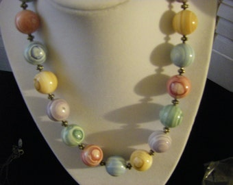 Vintage 80's colorful , fun 18 inch necklace (N1)
