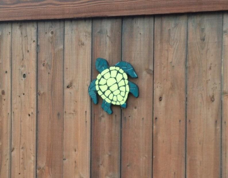 Sea turtles turtles tile mosaic art fence decoration fence image 0