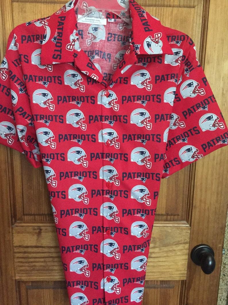 4dd15bb7 New England Patriots Hawaiian ShirtTommy Bahama | Etsy