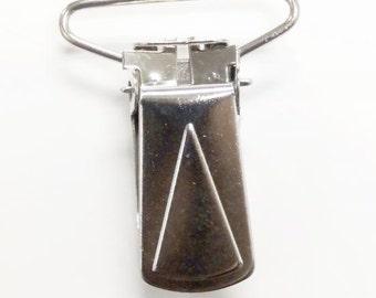 Suspender Clips in Nickel by Dritz  9204
