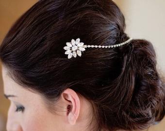 Diamante Bridal Hair Comb, Flower Modern Diamante Drape Comb For A Elegant Bridal Look, Statment Wedding Hairpiece For A Modern Bride