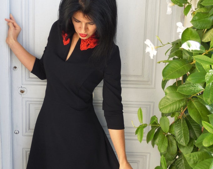 Black dress with a red lace collar. Vintage style, 3/4 sleeves. Retro fiftie's dress. black winter dress for women. pin-up dress
