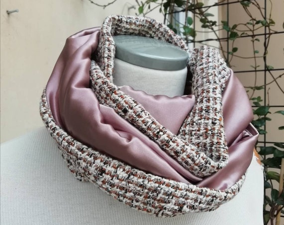 Snood infinite scarf, pink silk and wool tweed. Wrap around collar, circular tubular scarf.