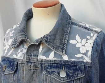 Bridal jacket in denim jeans and lace
