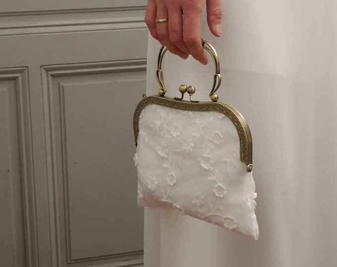 Women's Wedding Clutch bag. Off white lace handbag with embroidered flowers. Bridal accessories. Metal clasp