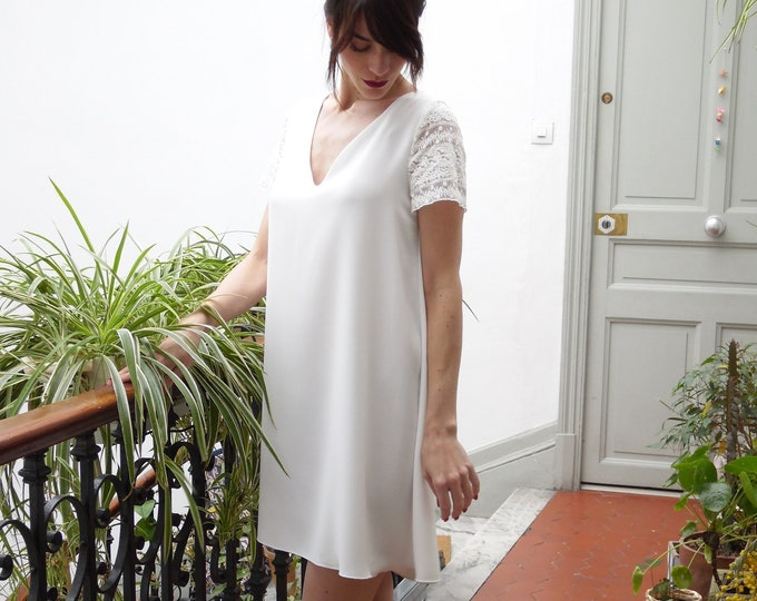 Short wedding dress for civil bride. lace sleeves